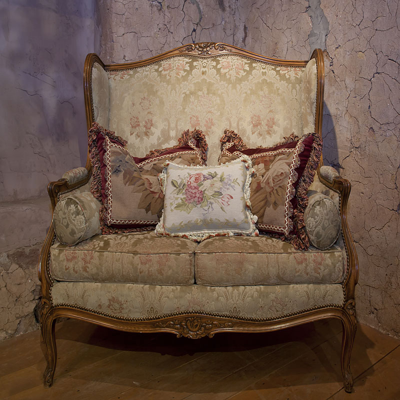 Country French and English Antique Furniture and Accessories - SEATING -  French Settee- antique - Country French And English Antique Furniture And Accessories